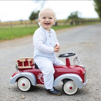 Discover our collection of ride-ons from 1 y.o 😍🏎 #baghera #instatoys #toystagram #jouetsbebe #cadeaunaissance
